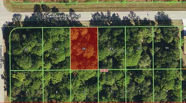 15453 Chamberlain Blvd - Photo 1