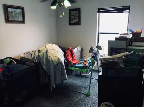 2520 W Burr Oak Ct - Photo 18