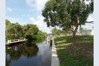 28531 Sabal Palm Drive - Photo 1