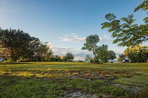 2100 Jamaica Way - Photo 12