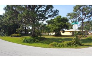 2101 Oyster Creek Dr - Photo 1