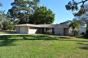 584 Beverly Rd - Photo 1