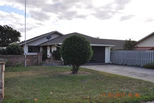 1515 S Pointe Dr - Photo 1