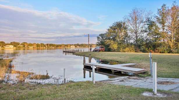 10438 Lake Hill Drive - Photo 4