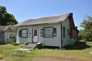 425 S 3rd Ave - Photo 1