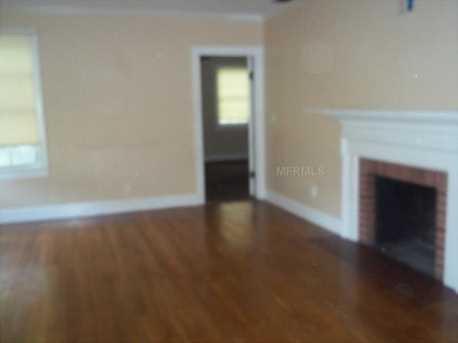 15240 Oakland Avenue - Photo 10