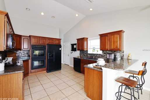 551 Gregory Dr - Photo 2