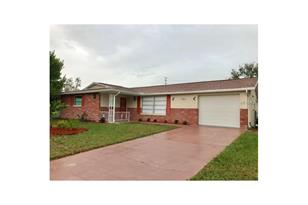 7204 Isle Dr - Photo 1
