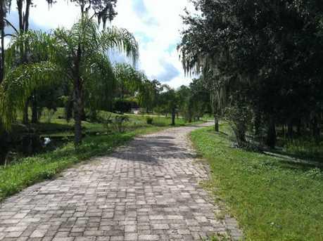 1716 Charleston Woods Court - Photo 2