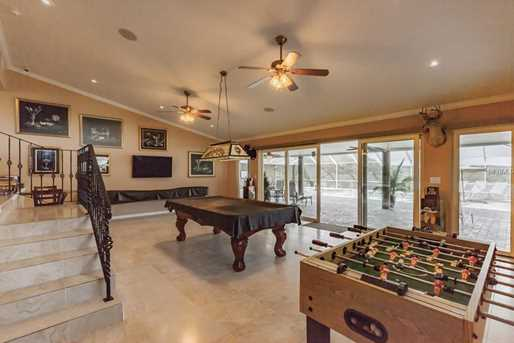 32851 Trilby Rd - Photo 16