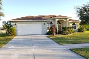 6900 Pan American Blvd - Photo 1
