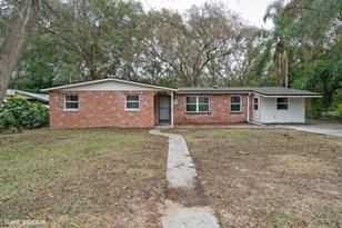 305 Lake Dr - Photo 1