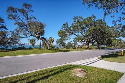 409 Bayview Drive - Photo 4