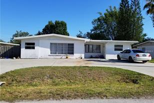 256 Hillview Rd - Photo 1