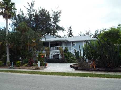 813 S Bay Blvd - Photo 1