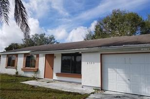 2555 Pan American Blvd - Photo 1