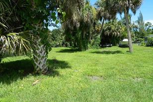 3127 Caribbean Dr - Photo 1