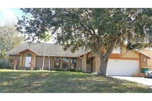 246 Red Maple Dr - Photo 1