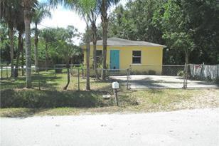 9725 Alsobrook Ave - Photo 1
