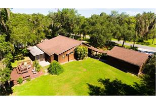 2750 Holiday Woods Dr - Photo 1