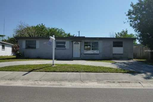 8638 94Th  Ave - Photo 1