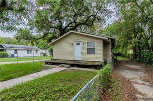 1405 E Louisiana Ave - Photo 1