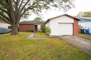 1049 Old Field Dr - Photo 1