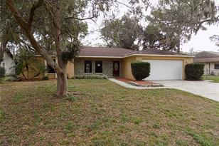 7818 Holiday Dr - Photo 1