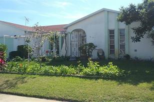 7414 Cay Dr - Photo 1