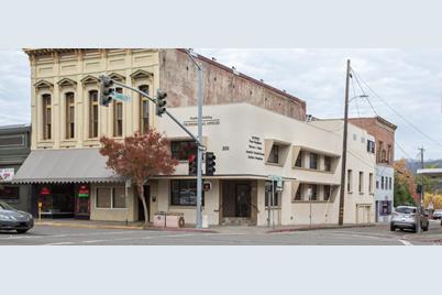 201 N State Street - Photo 1