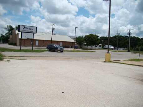 2705  Main Street  W - Photo 14