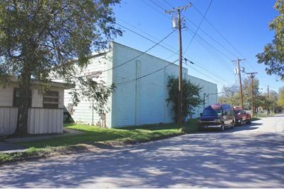 901  Malone Street - Photo 1