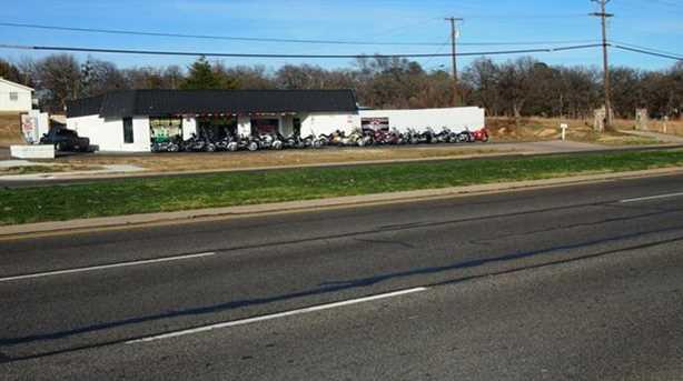 1161 W Hurst Boulevard - Photo 4