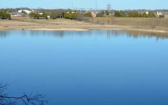 3830  Waters Edge Drive - Photo 18