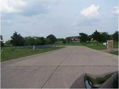 1300  Miles Court - Photo 2