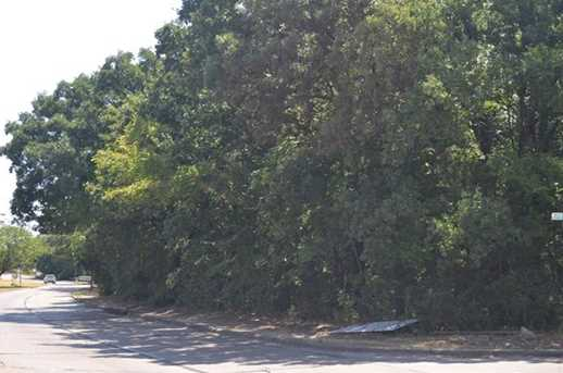 3601  Hickory Tree Road - Photo 4