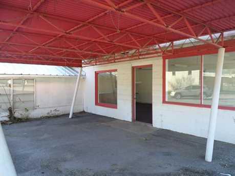 589 E Commerce St - Photo 4