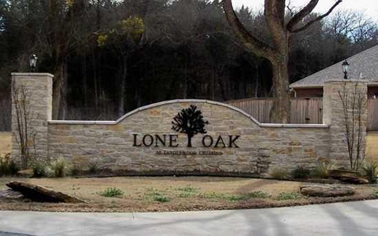 215 Bent Oak Dr - Photo 2
