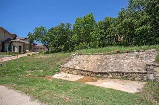 2303 Oak Bluff Dr - Photo 4