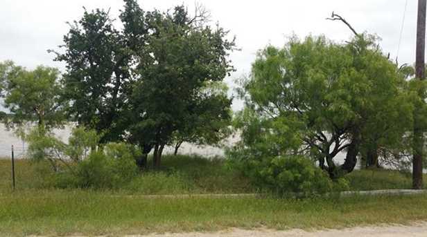 756  Oak Point Drive - Photo 2