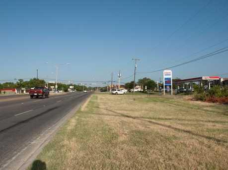 3303  Southern Oaks Boulevard - Photo 10