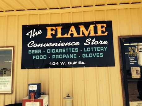 104 W Gulf Avenue - Photo 1