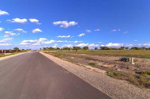 8021  Hencken Ranch Road - Photo 14