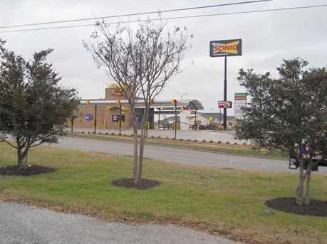 1320  Park Drive - Photo 4