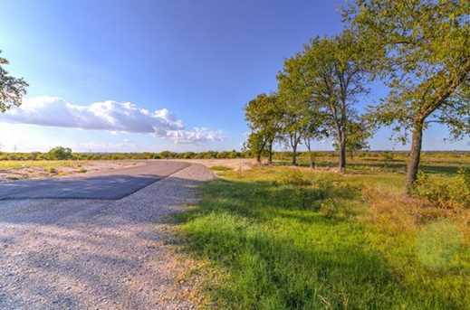 8016 N Ben Day Murrin Road - Photo 16