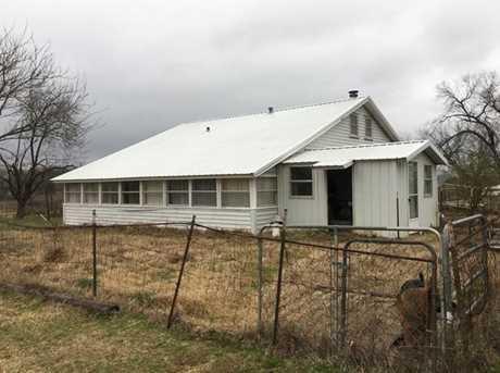 3298  Farm Rd 1158 - Photo 4