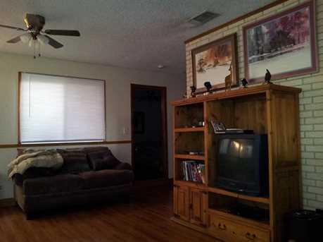 6406 N US 281 Hwy - Photo 8