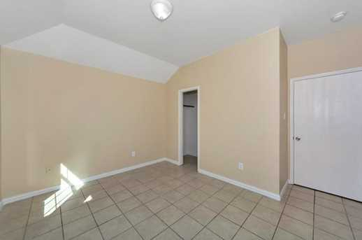 2879 Westover Dr - Photo 32
