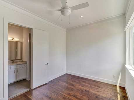 251 Currie St - Photo 14