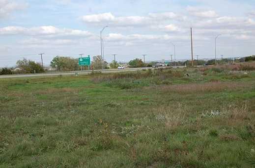 2401 W US Highway 377  W - Photo 4